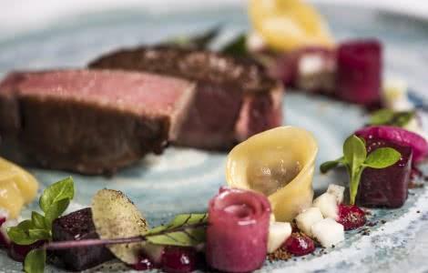 Dos de sanglier de La Maison d'à côté, restaurant étoilé en Loir-et-Cher ©La-Maison-d-a-cote(1)