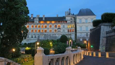 Chateau royal de Blois - Vacances en famille ou entre amis en Loir-et-Cher Val de Loire ©CHATEAUROYA LBLOIS - dlepissier