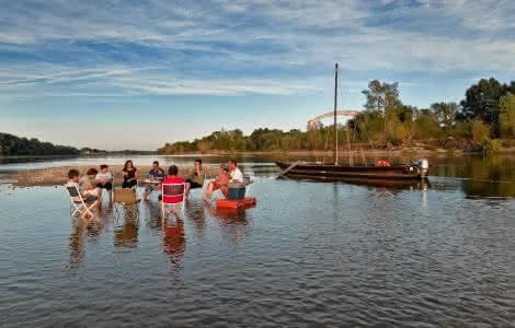 Pique-nique les pieds dans l'eau avec Milière Raboton à Chaumont-sur-Loire - Expérience insolite en bateau en Loir-et-Cher Val de Loire @L.Alvarez-24