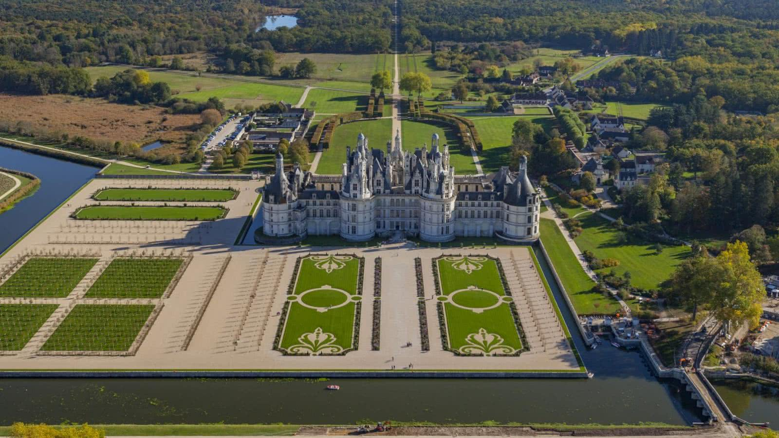 Château de Chambord en Loir-et-Cher Val de Loire ©HéliPassion