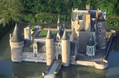 Château du Moulin - Lassay-sur-Croisne ©CDT 41- J Becker