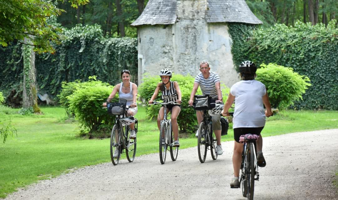 Balade - itinéraire château à vélo - Château Villesavin ©J-Damase - ADT 41