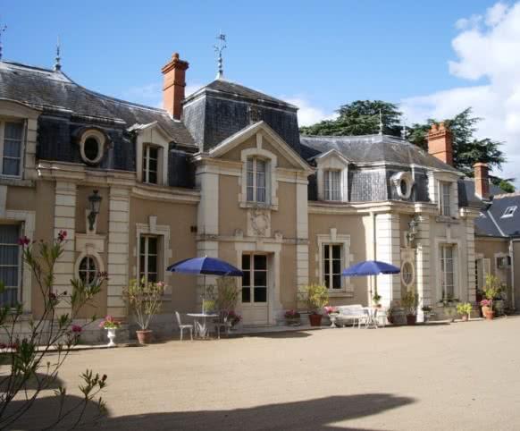 Le château de Colliers de Muides-sur-Loire en Loir-et-Cher - Vacances prestiges et nuit au château ©Château de Colliers