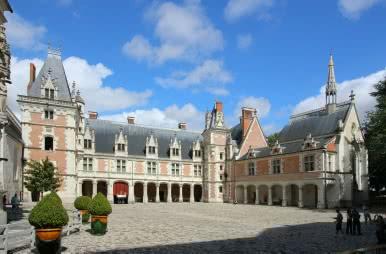 Château Royal de Blois - Aile Louis XII ©CHATEAUROYALBLOIS-D-Lepissier