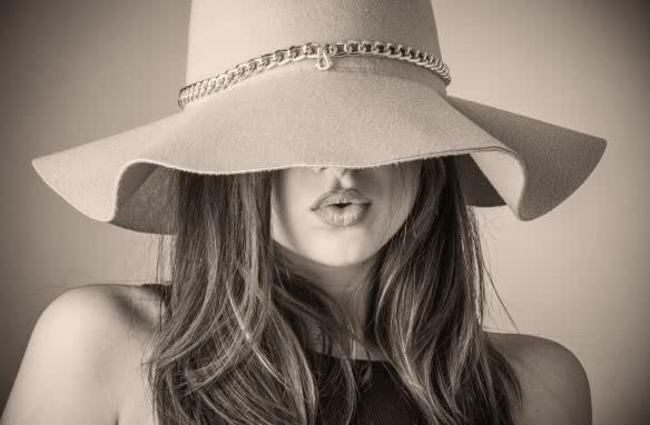 Chapeau ©HOLIHO-Pixabay