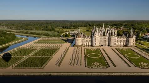 Jardins Renaissance à la Française - Vacances autour du château de Chambord - Vallée de la Loire - Loir-et-Cher ©Léonard de Serre - Chambord