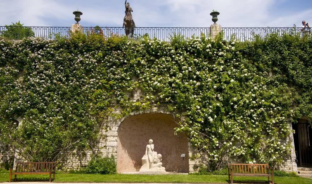 Roseraie de Blois - Jardins insolites du Val de Loire - Vacances en Loir-et-Cher Vallée de la Loire ©Cyril Chigot - Conseil départemental 41