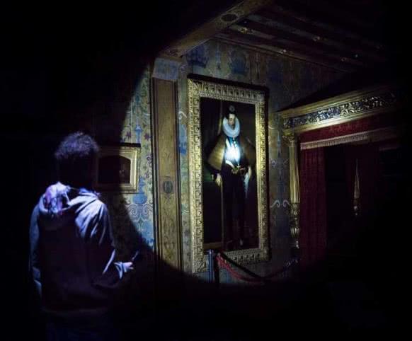 Visite Murmures Nocturnes au Château Royal de Blois - Vacances insolites en Loir-et-Cher Val de Loire ©pashrash