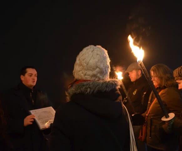 Découverte de la ville de Blois au flambeau avec Visites et Secrets - Vacances insolites et expériences en Loir-et-Cher Val de Loire