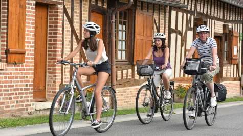 Saint-Viâtre - randonnée à vélo en Sologne ©Comité Régional du Tourisme Centre-Val de Loire