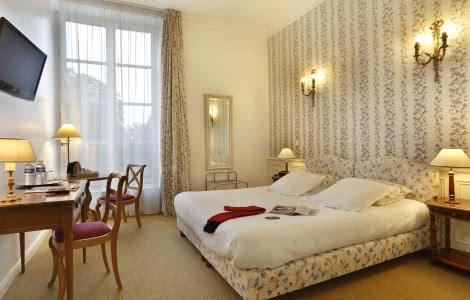 Hôtel Château de La Rozelle - Chambre Privilège - Vacances en Loir-et-Cher Val de Loire ©P-Brocault