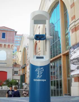 Borne Timescope pour voir Blois sous un nouveau jour - Réalité virtuelle - Voyage dans le temps