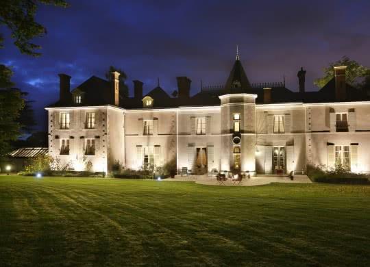 Château de la Rozelle by night - Expérience Nuit au Château en Loir-et-Cher Val de Loire ©Château de la Rozelle