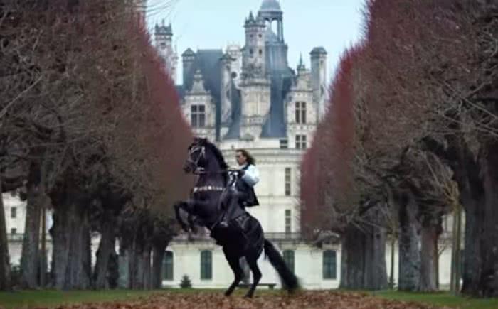 Cavalier au château de Chambord - 500 ans Renaissance en Loir-et-Cher Val de Loire ©Domaine de Chambord