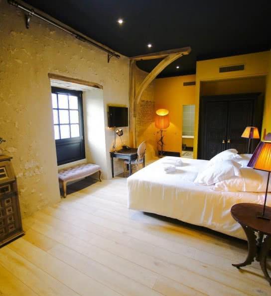 Chambre hotel prieuré de boulogne tour en sologne