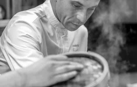 Cours de cuisine à La Maison d'à Côté avec Christophe Hay, chef 2 étoiles Michelin autour de Chambord - Séjour en Loir-et-Cher Val de Loire ©La Maison d'à côté