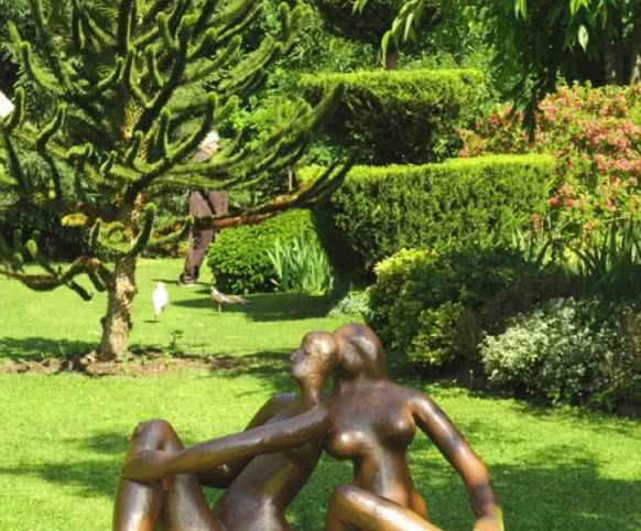 Le Jardinart Les Métamorphozes à Valaire ©Cdt41-lgsamantha