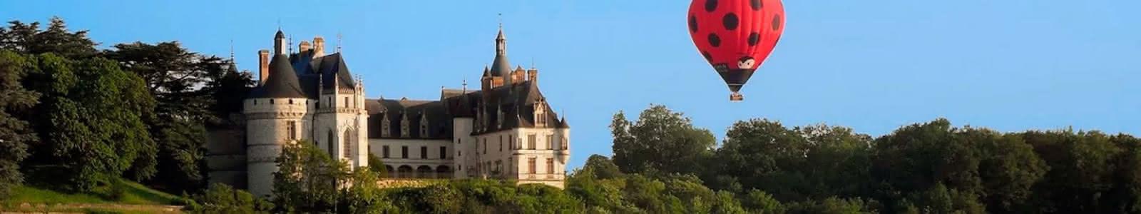 Aérocom Montgolfière - Vols en mongolfière au-dessus des châteaux de la Loire - Expérience insolite en Loir-et-Cher Val de Loire ©Aérocom