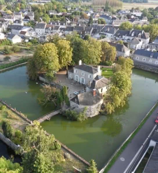 Chambres d'hôtes autour de Chaumont - les douves