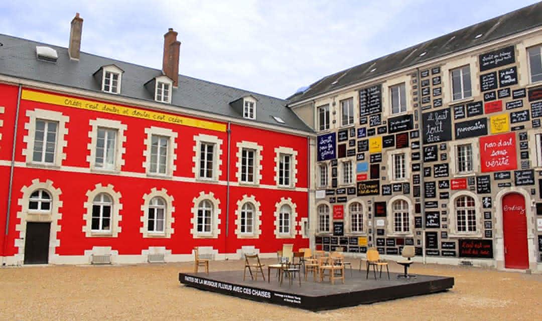 La Fondation du Doute - Découverte autour du château royal de Blois ©Fondation du doute