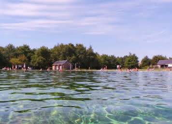 Baignade naturelle et écologique du Grand Chambord - Vacances en famille en Loir-et-Cher Val de Loire ©MirPhoto-ADT41