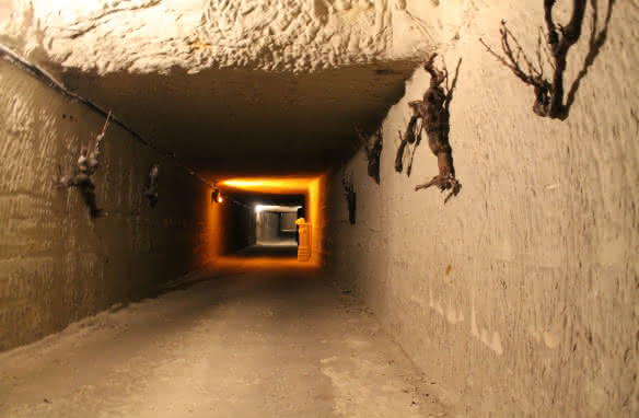 Entrée-galerie-Troglo-Dégusto