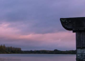 Etang de Sologne au coucher du soleil - Les Estivales de l'Eau - Vacances en Sologne ©Alexandre Roubalay-Acadiaudimages