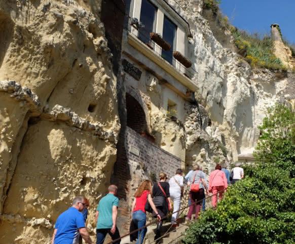 Visite du village troglodytique de Trôo en Vendômois - Vacances insolites en Loir-et-Cher Val de Loire