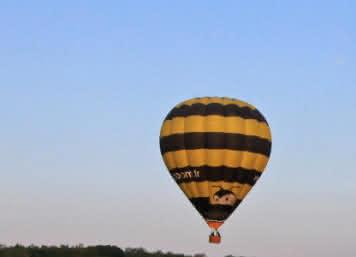 Montgolfieres autour de Blois ©Nicolas-Derre-Conseil-departemental41