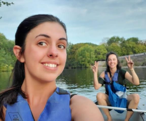 Balade en canoë kayak sur le Cher entre amies ©JF Souchard