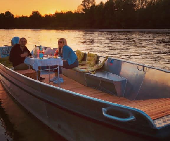 Balade en bateau sur la Loire - L'apéro bateau de Loisirs Loire Valley