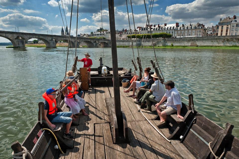 Balade en bateau sur la Loire - Observatoire-Loire-Figurants-Blois©Laurent-Alvarez-ADT41