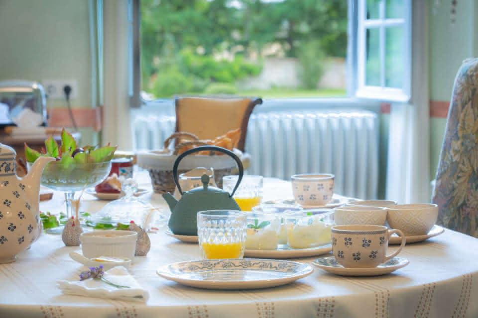 Petit déjeuner au château de la Borde Saint Martin - Nuit au château en Val de Loire Loir-et-Cher ©Château de la Borde Saint Martin