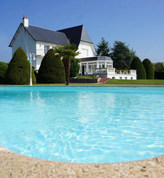 Villa Roffa - Chambres d'hôtes avec piscine en Val de Loire - Loir-et-Cher ©Hoek Zwembad