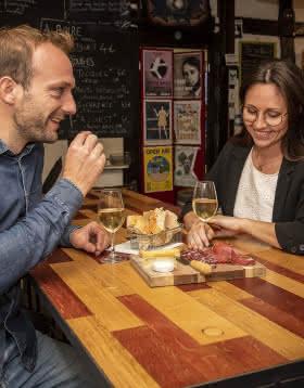 A l'heure de l'apéro en Val de Loire - Bar à vin Blois ©Studio Mir - ADT41