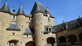 Location de salle au Château de Fougères-sur-Bièvre