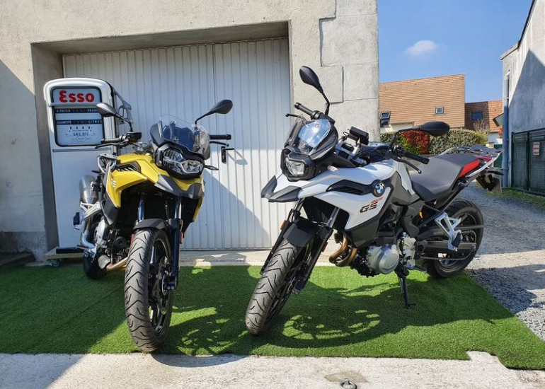 04-location-moto-scooter-ride-in-tours