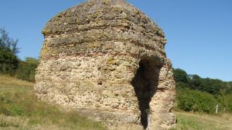 Tour de Grisset, cella d'un temple gallo-romain
