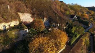 Visite du village de Trôo (cité troglodytique)