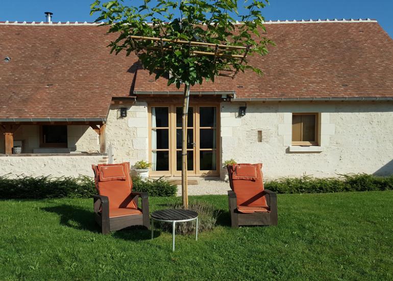 2-façade-gite-cour-int