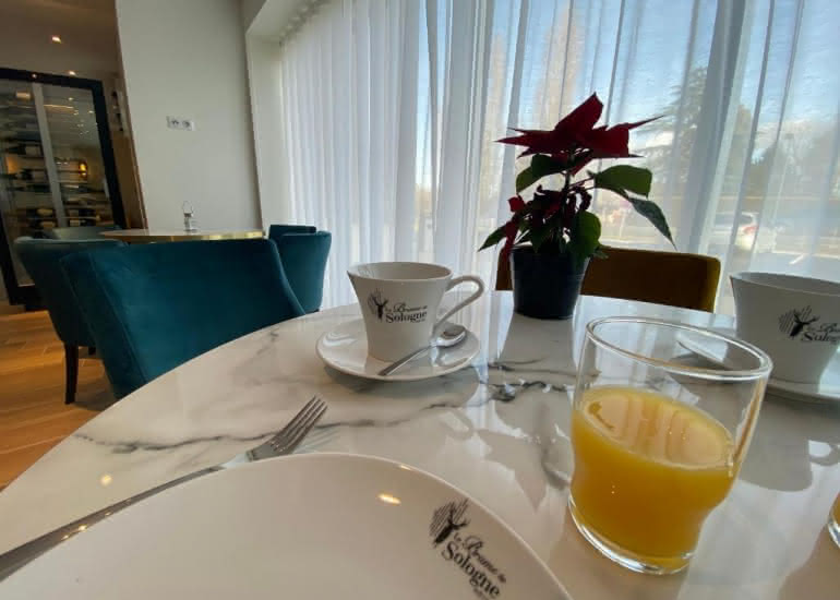 hotel-brame-sologne-petit-déjeuner