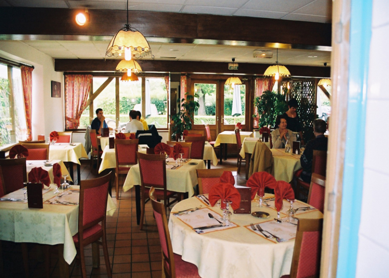 (3)inter-hotel-ikar-blois-sud-st-gervais-la-foret©INTERHOTELIKAR