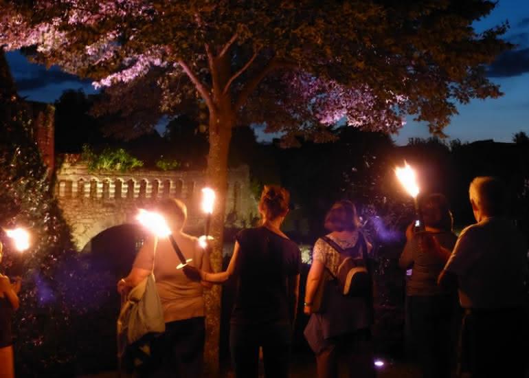Promenade nocturne aux flambeaux à Vendôme