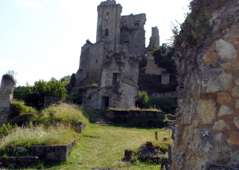 (52)chateau-lavardin©ADT41-C.Biore