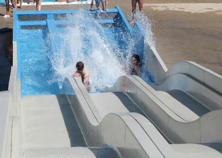 Agl'eau - Toboggan du centre aquatique à Blois - Vacances en Val de Loire