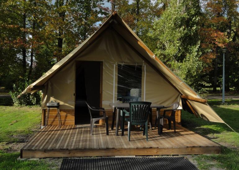 location tentes toile et bois