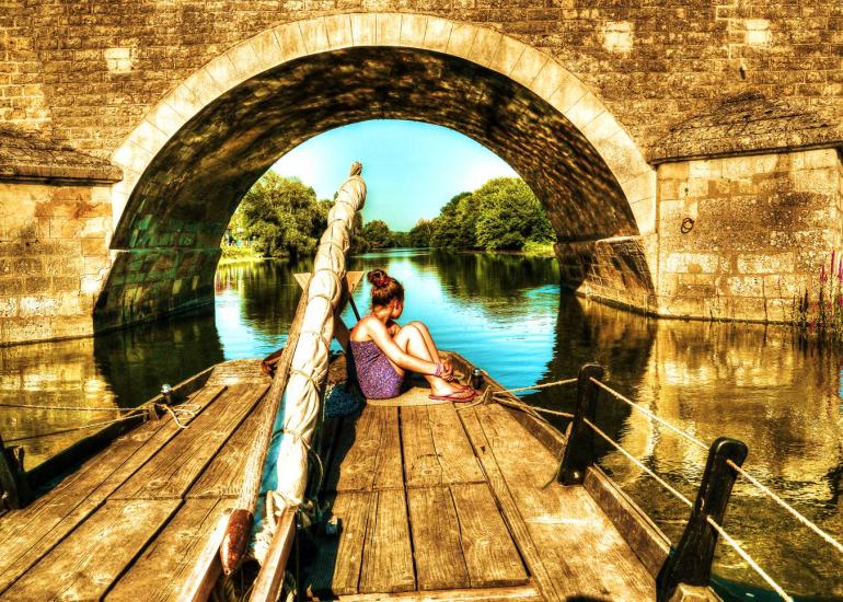 bateau-le-cherlock-montrichard-pont