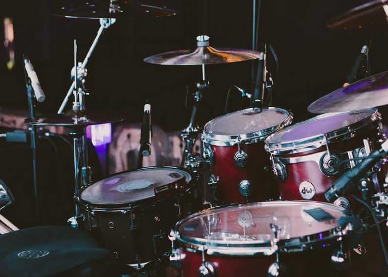 concert-fondation-du-doute-batterie-percussion-musique-pixabay