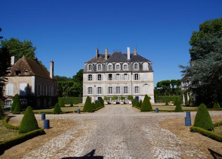 BD chateau de MESLAY M. de  BOISFLEURY le 28 06 2015 004