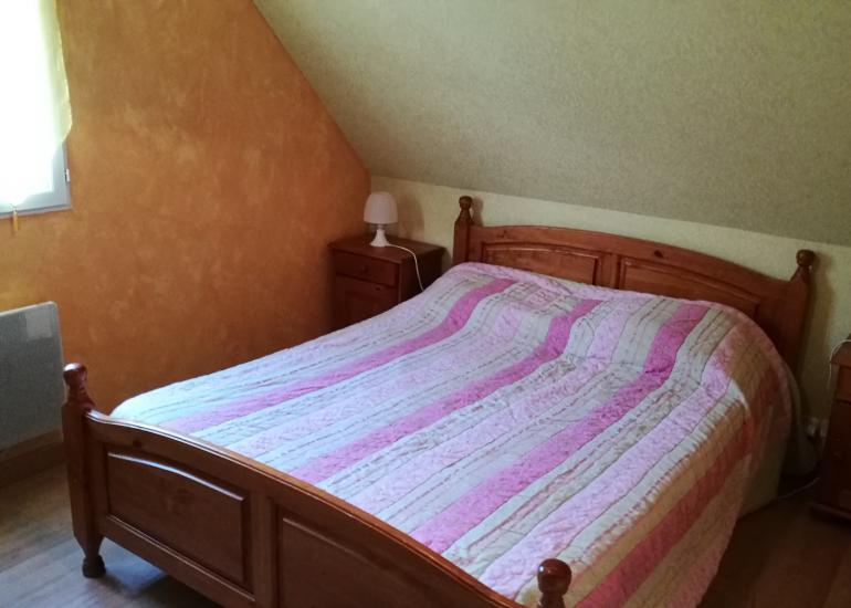 Bignone-chambre-1er étage- lit 140